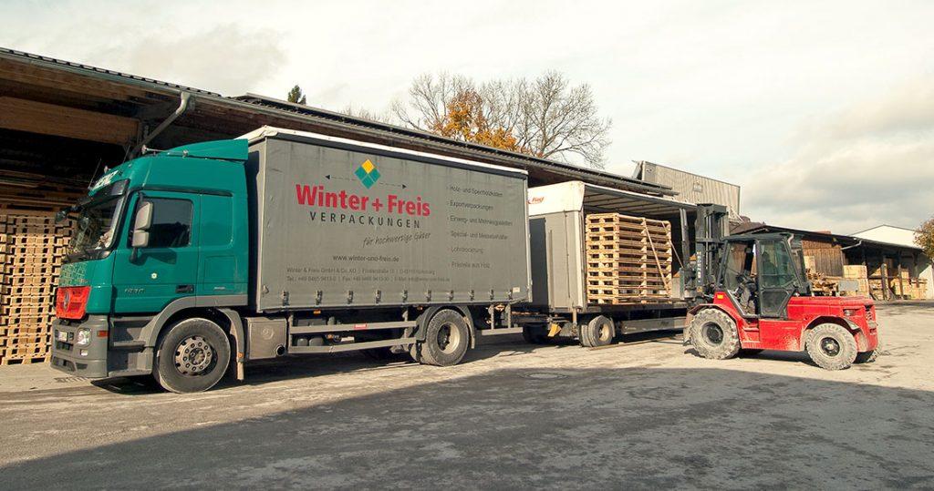 Winter+Freis LKW Für Verpackungen, Kisten Und Paletten